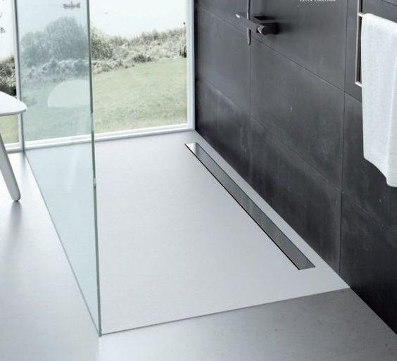 Piatto doccia: tutti i motivi per cui sceglierlo nel bagno moderno