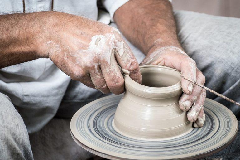 Perché scegliere un lavabo in ceramica per il bagno