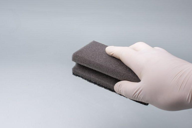Piatto doccia metodi e prodotti per igienizzarlo