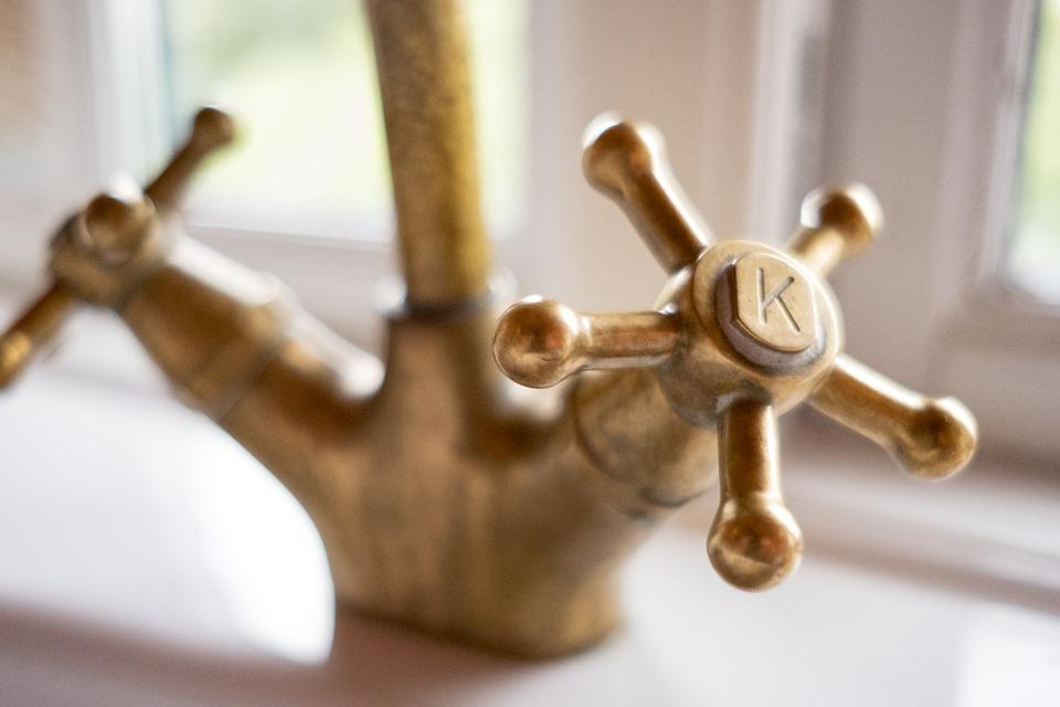 rubinetto d'oro