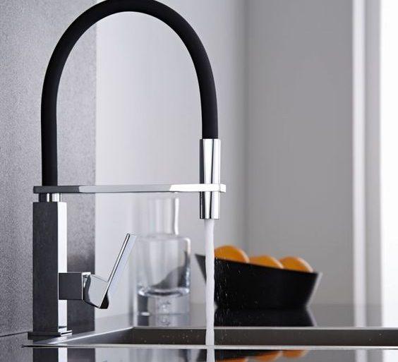 miscelatore cucina perde acqua