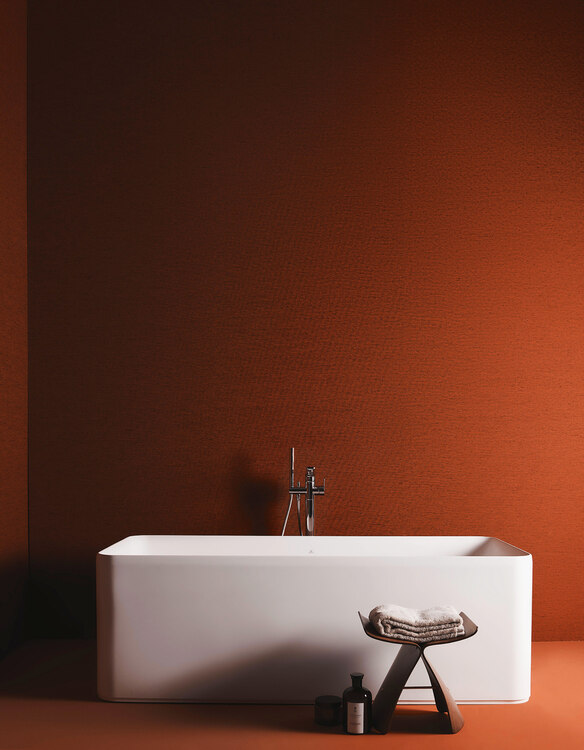 Vasca da bagno Ideal Standard centro stanza freestanding, serie Conca bianco matt