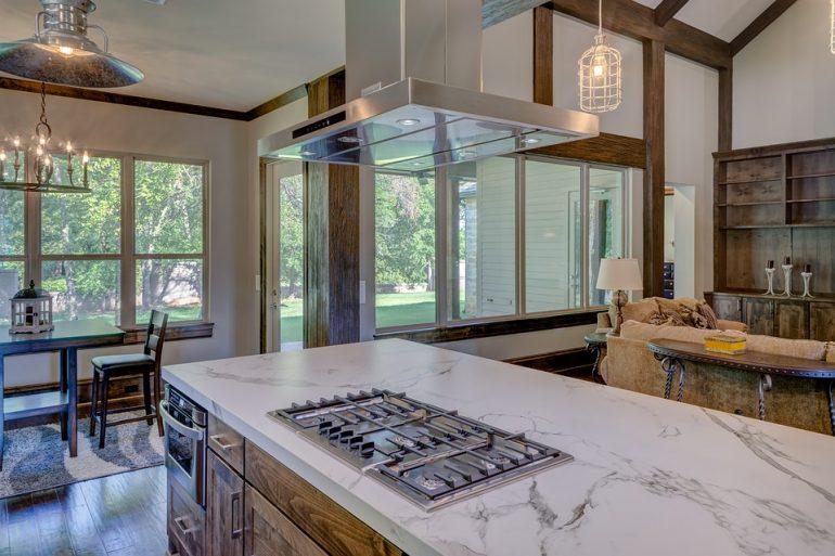 Piano della cucina in marmo: come pulirlo correttamente