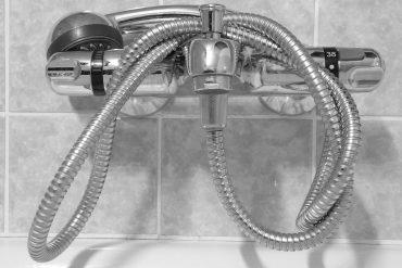 Smontare miscelatore doccia: come fare